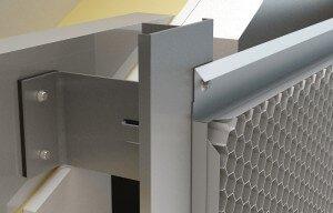 Rainscreen system with aluminium honeycomb