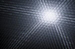 Sunlight going through Corex aluminium honeycomb